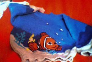 Pull Nemo dans les algues